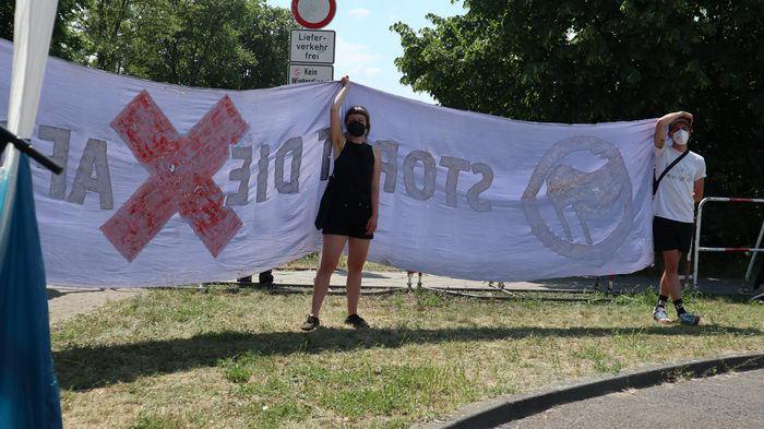 Gegen den Landesparteitag der AfD