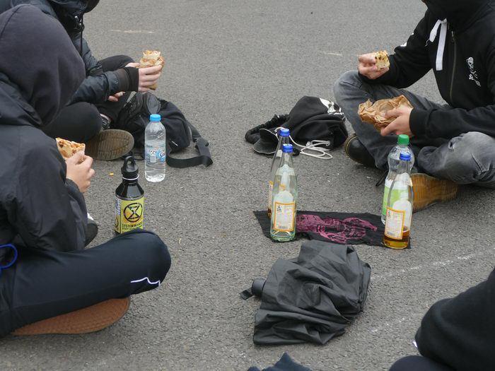 Protest gegen Landesparteitag der AfD in Berlin